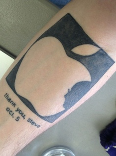 Tatuagens do logo da Apple 32
