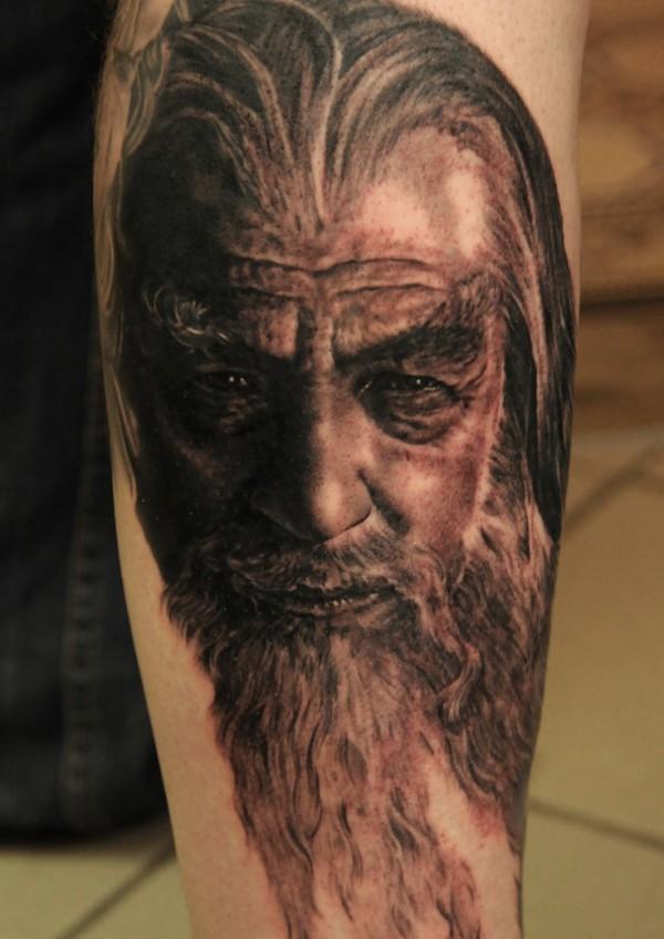 Tatuagens do filme O Senhor dos Aneis 11