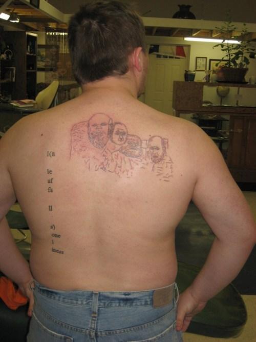 Tatuagens mal feitas para rir 07