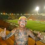 Torcedor do Botafogo de 68 anos tem mais de 70 tatuagens em homenagem ao time