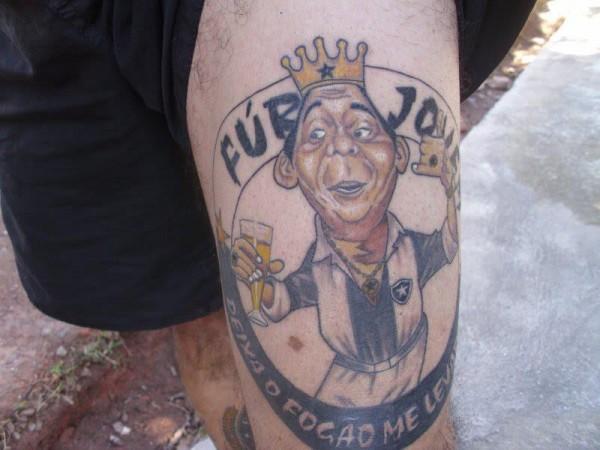 Torcedor do Botafogo tem mais de 70 tatuagens do time 05