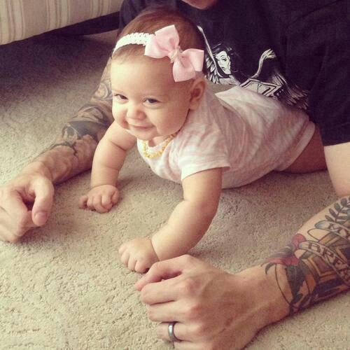 Pais e maes tatuados - Tattooed Parents 23