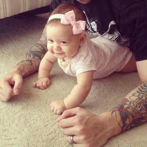 Pais e maes tatuados - Tattooed Parents 23