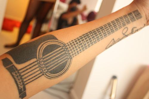 Tatuagens criativas nos braços 05