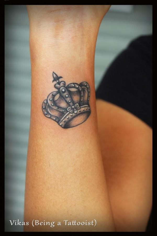 Tatuagem de coroa 09