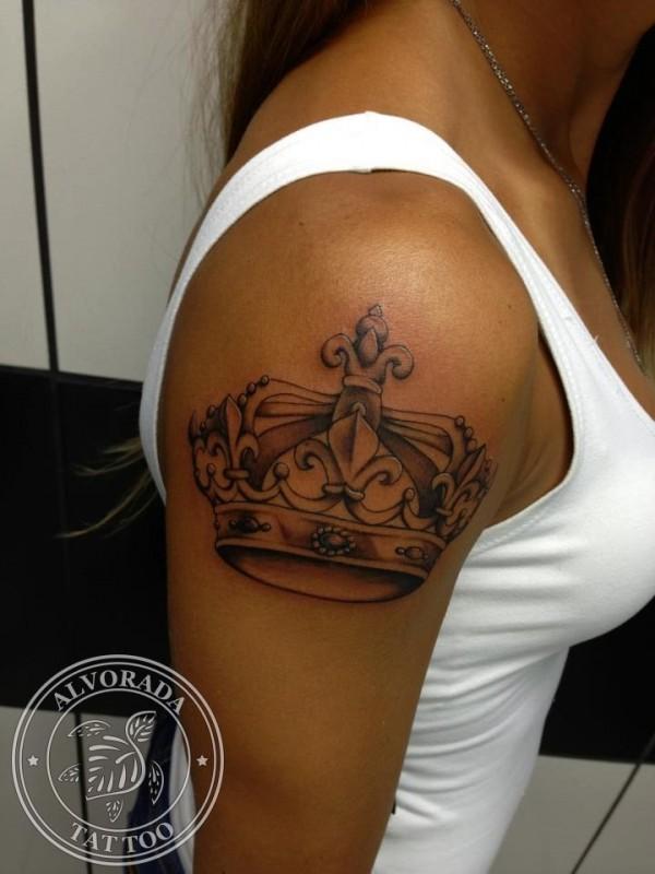 Tatuagem de coroa 22