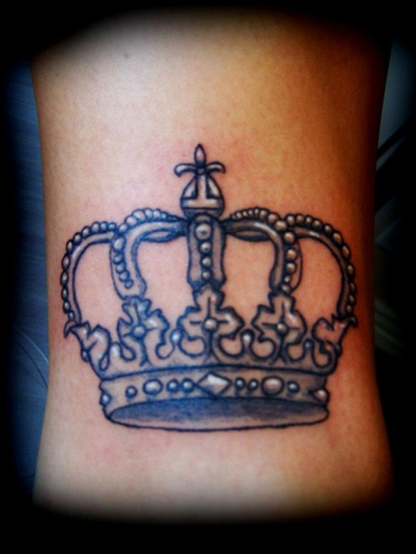 Tatuagem de coroa 28