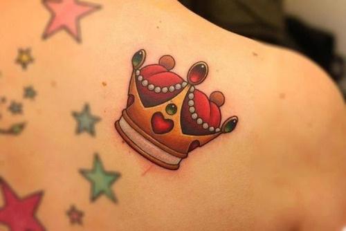 Tatuagem de coroa 32