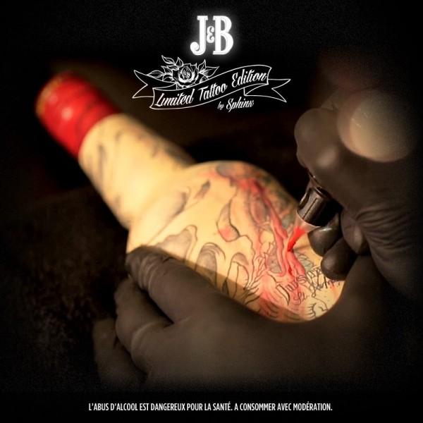 Garrafas tatuadas J&B 03