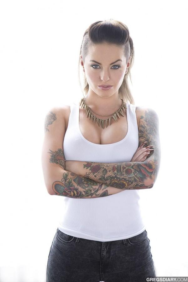 Namoradas Tatuadas 18