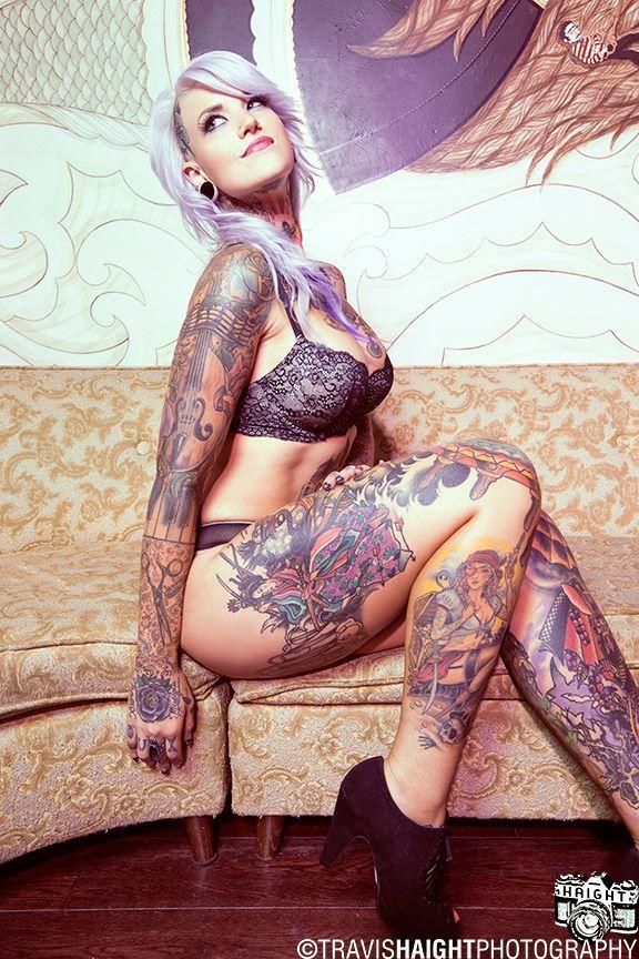 Namoradas Tatuadas 23