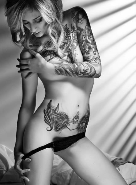 Mulheres tatuadas para casar 13