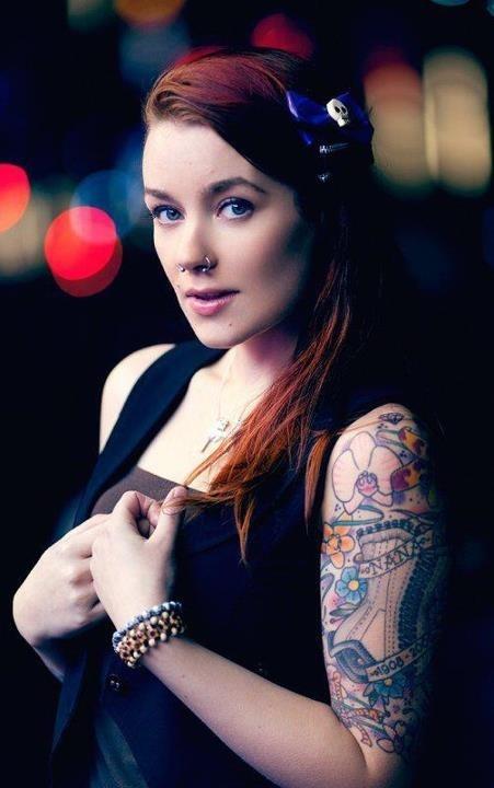 Mulheres tatuadas para casar 22