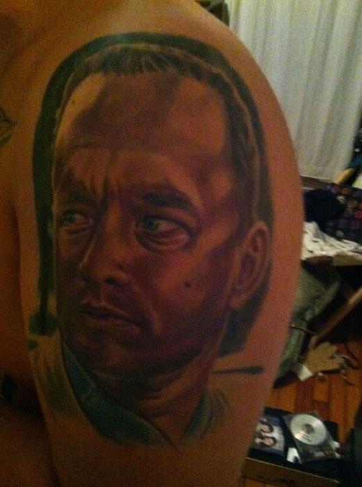 Tatuagem barata 04