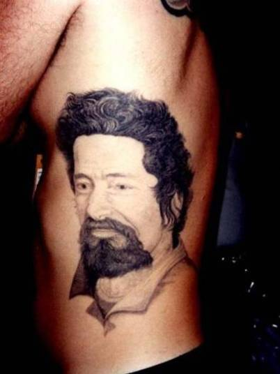 Tatuagem barata 16