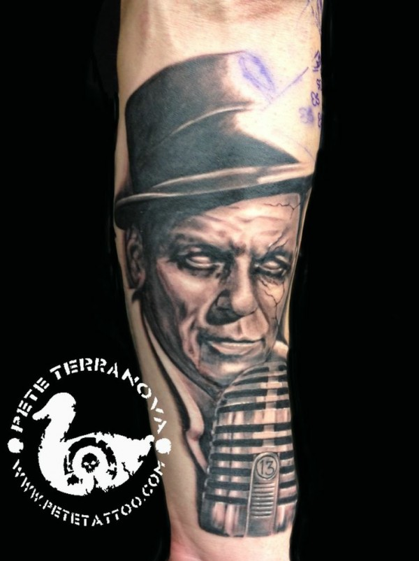 Tatuagens de Frank Sinatra 12