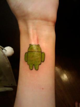 Tatuagens de internet e redes sociais 03