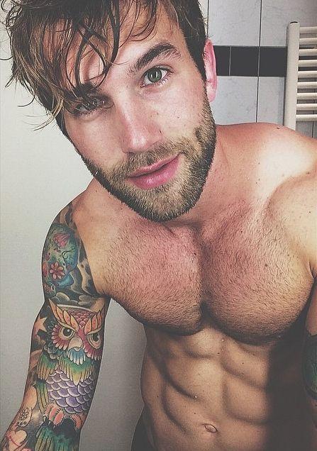 Homem Tatuado 17