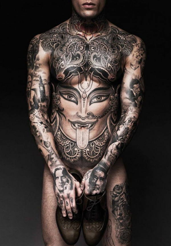 Homem Tatuado 18