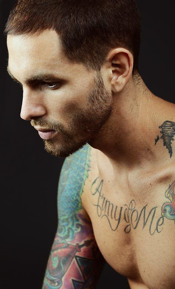Homem Tatuado 22