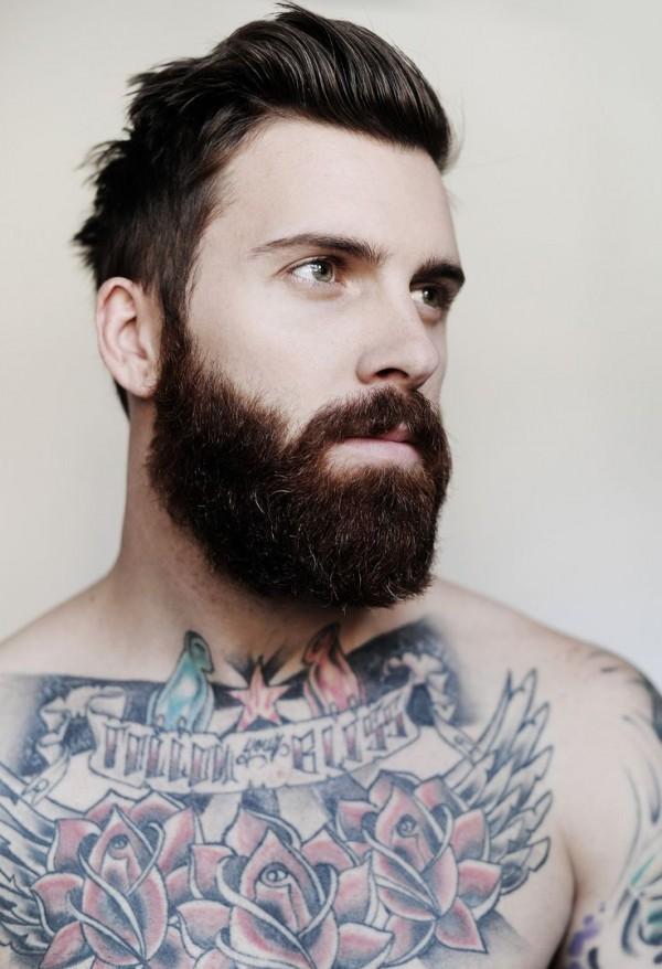 Barbudo tatuado 02