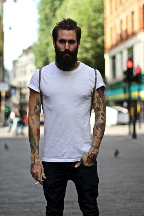 Barbudo tatuado 07