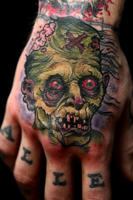 Tatuagem na mão 02
