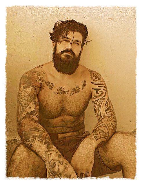 Barbudos tatuados 09