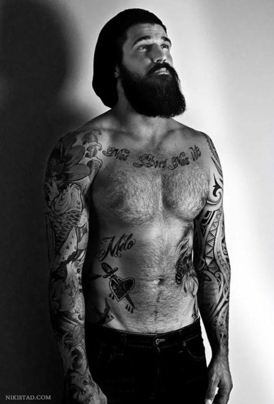 Barbudos tatuados 11