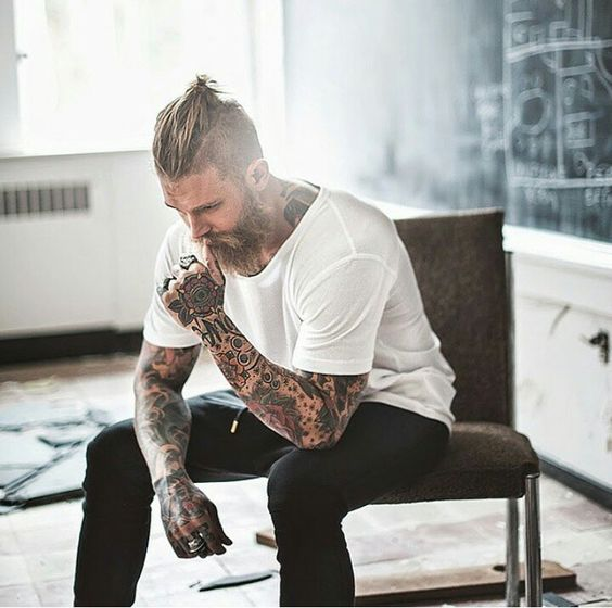 Barbudos tatuados 13