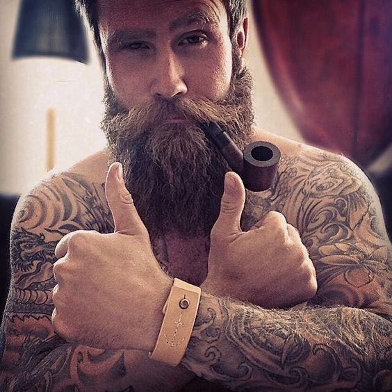 Barbudos tatuados 14