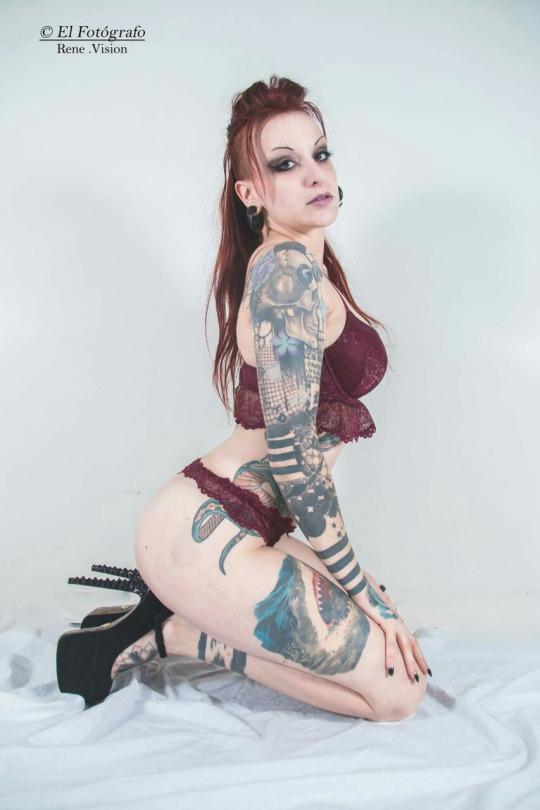 Belas tatuadas 05