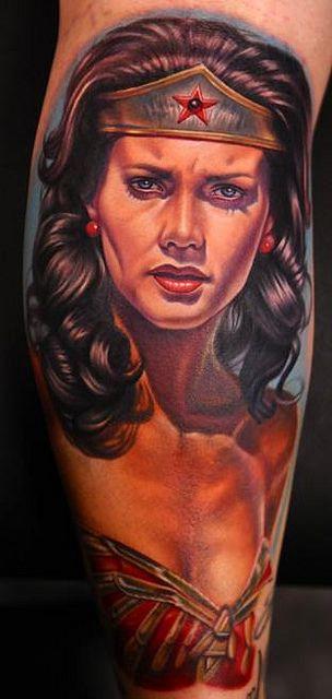 Tatuagens da Mulher Maravilha 24
