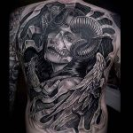 Incríveis tatuagens em preto e cinza – Onde as cores não fazem falta