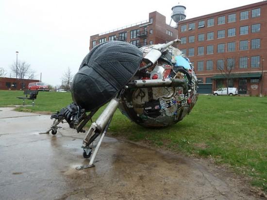 esculturas-de-pneu-1-550x412