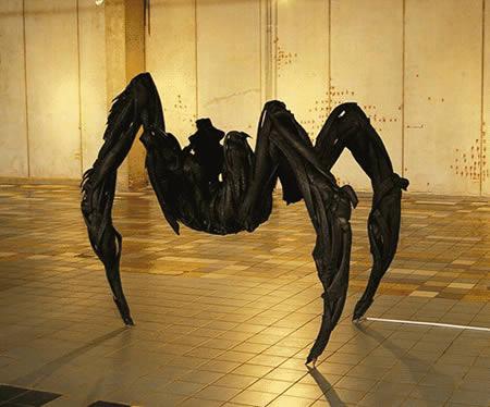esculturas-de-pneu-12
