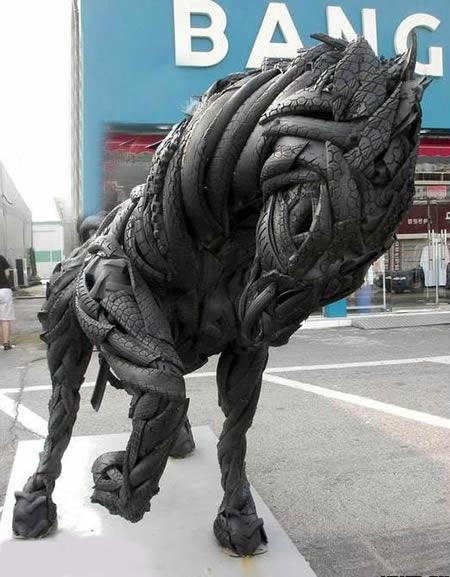 esculturas-de-pneu-14