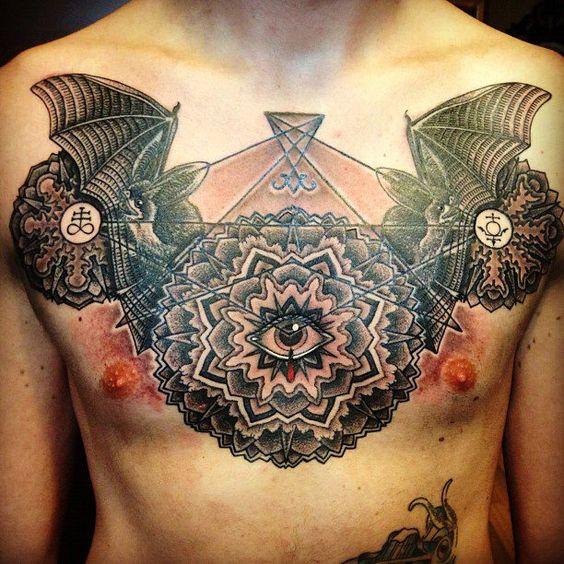 Tatuagens no Peito 12