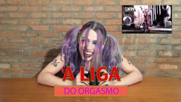 Liga do Orgasmo: Arlequina goza enquanto joga Injustice para XBox